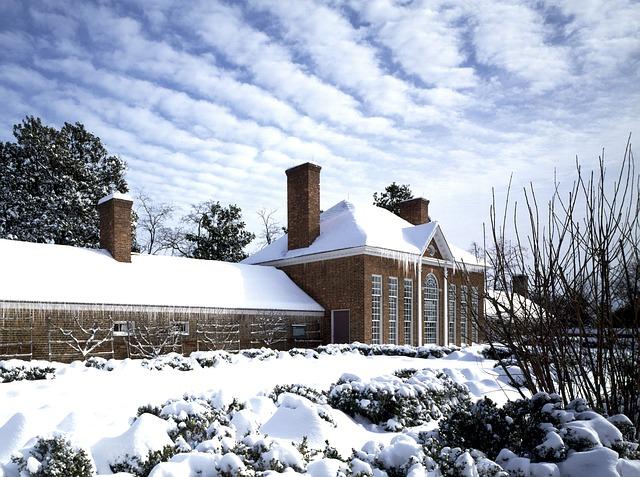 Máte-li zahradu, která je připravená na zimu nemusíte se bát sněhové nadílky.