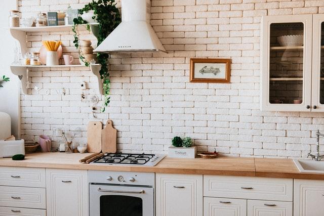světlá kuchyň.jpg